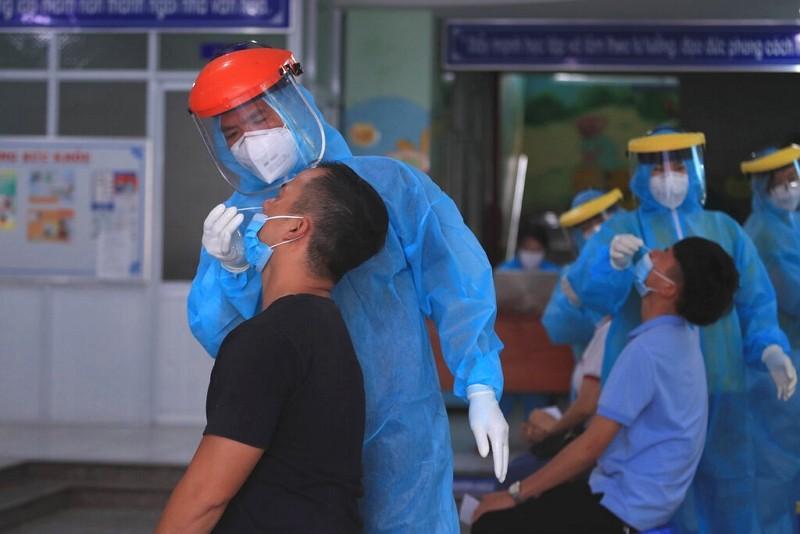 越南頭頓市新冠肺炎採檢(圖/AP)