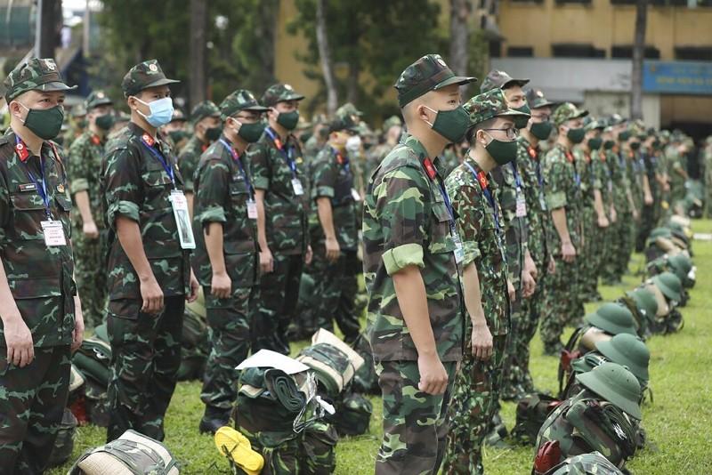 越南軍醫準備馳援胡志明市(圖/AP)