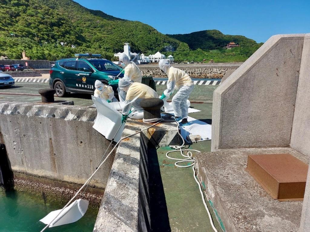 新北結合8公私單位舉行海污應變暨救生救難演練
