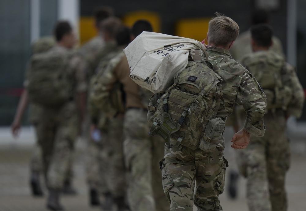 美國宣布即將撤軍離開阿富汗,當地情況仍一團亂。(圖/美聯社)