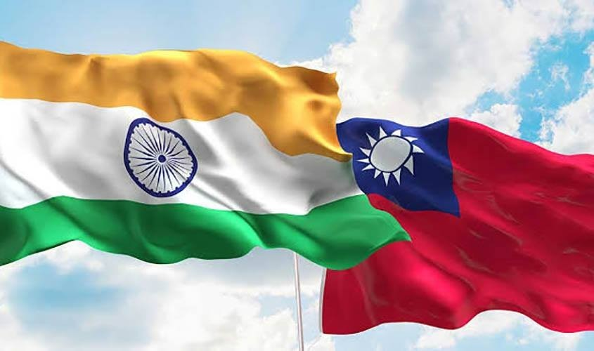 Taiwan and India flags. (Facebook, Indians in Taiwan photo)