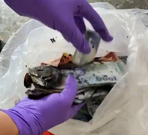 Real cash accidently burned with ghost money in southwest Taiwan