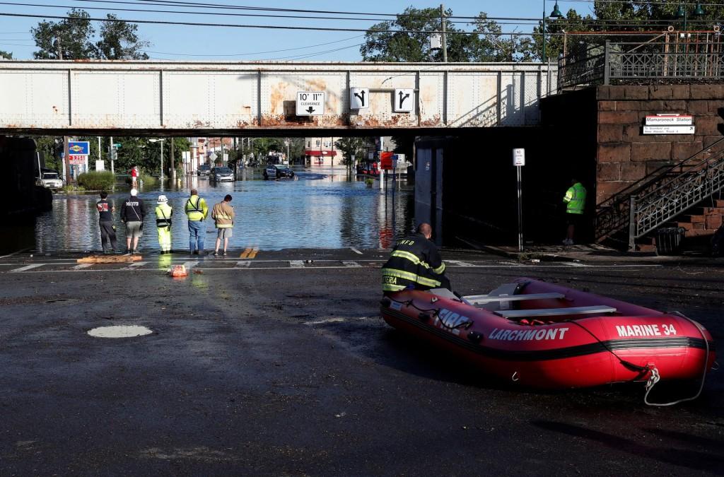 【有如鄭州翻版】紐約地鐵、住屋大泡水 至少44人死亡