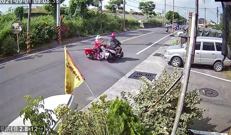 Video shows grandma brush off crash in western Taiwan