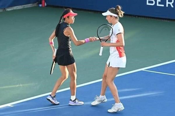 Hsieh Su-wei (left) and her Belgian partner Elise Mertens (Facebook, Dreamwalker.SwHsieh photo)