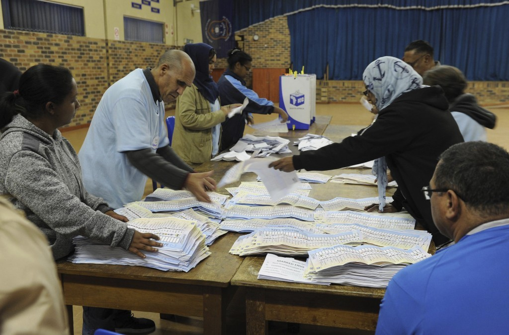 South Africa puts off municipal election for 4 days after court bars long COVID delay