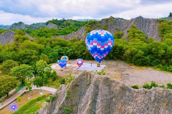 South Taiwan city to launch hot air balloon rides in October