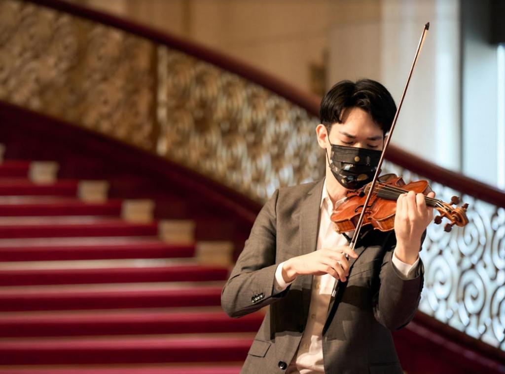 台灣富邦巨星之夜NSO《開季音樂會》 小提琴家林品任優雅演繹柴科夫斯基