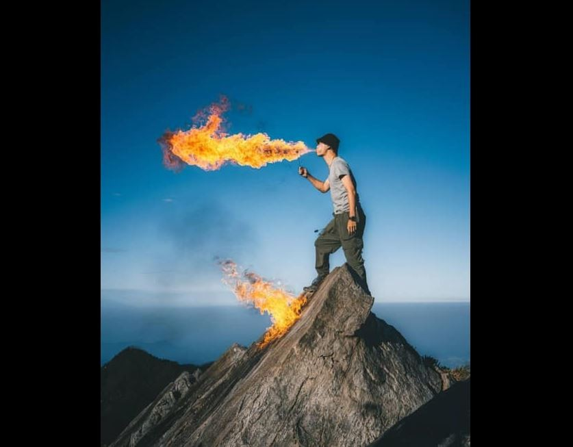 Photographer condemned for breathing fire atop Taiwan mountain