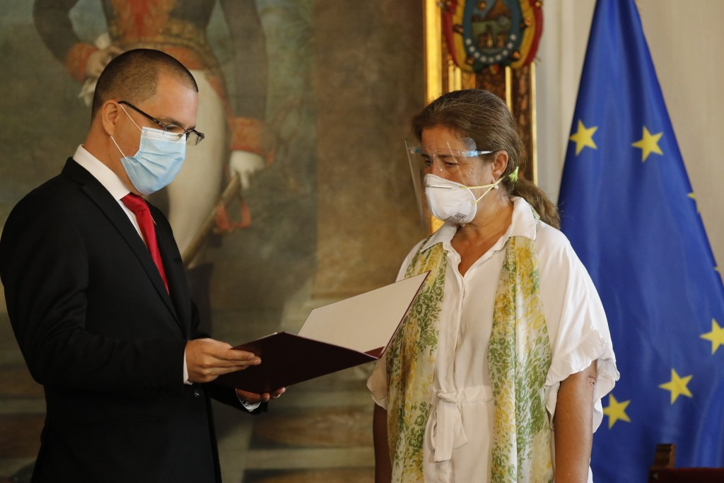 """European Union Ambassador to Venezuela Isabel Brilhante Pedrosa is presented with a letter of """"persona non grata"""" from Venezuelan Foreign Minister Jor..."""