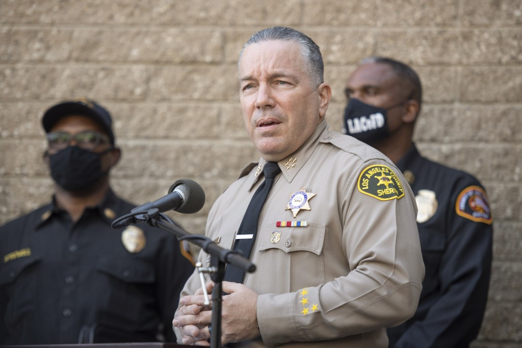 Los Angeles County Sheriff Alejandro Villanueva speaks during a press conference in front of Sheriff Department building in Lomita, Calif., Tuesday, F...