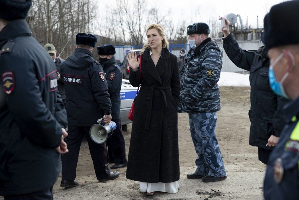 The Alliance of Doctors union's leader Anastasia Vasilyeva, center, gestures while speaking to police at the prison colony IK-2, which stands out amon...