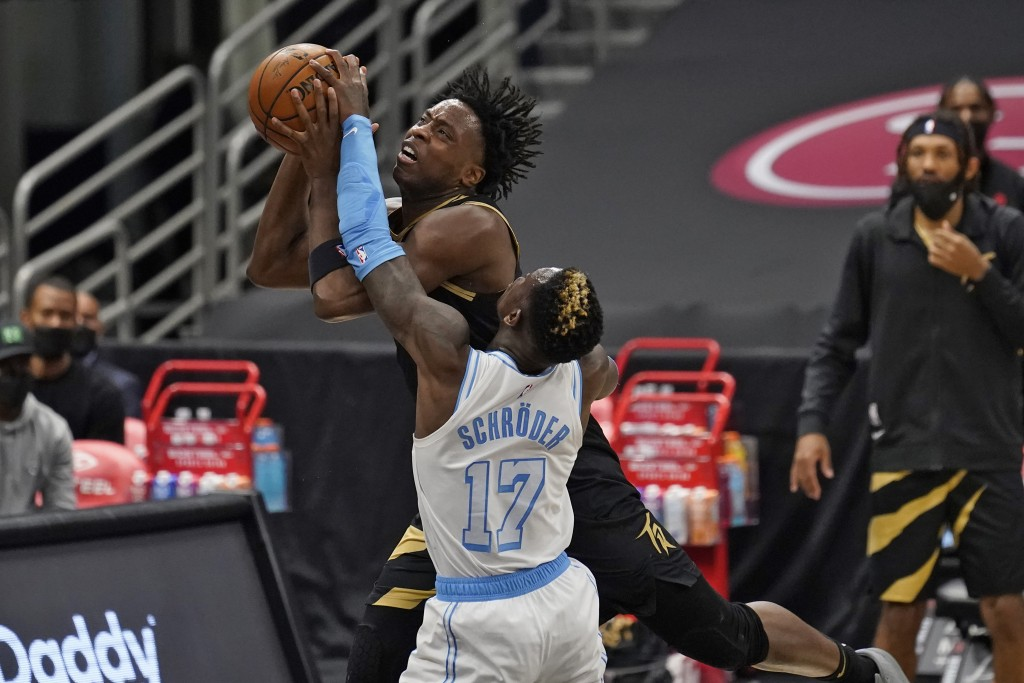 RETRANSMISSION TO CORRECT LAKERS PLAYER WHO WAS EJECTED TO MONTREZL HARRELL - Los Angeles Lakers guard Dennis Schroder (17) fouls Toronto Raptors forw...