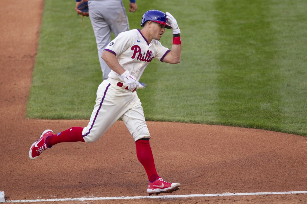 Philadelphia Phillies J.T. Realmuto (10) runs the bases after hitting a three run homer during the fifth inning of a baseball game against the New Yor...