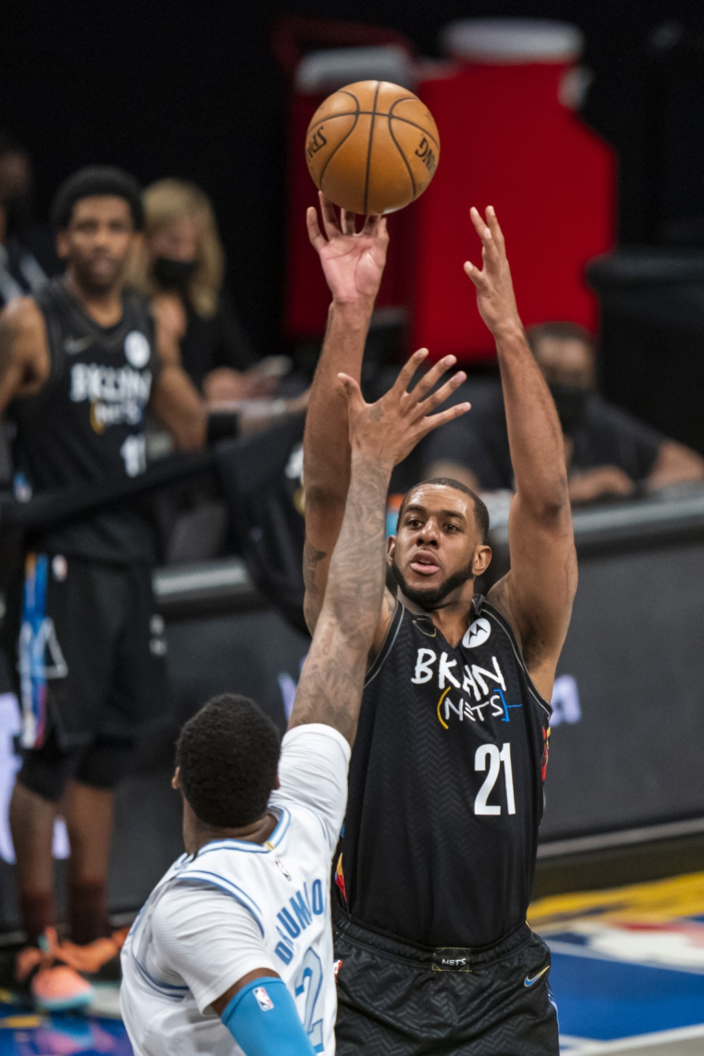 Brooklyn Nets center LaMarcus Aldridge (21) shoots over Los Angeles Lakers center Andre Drummond (2) during the first half of an NBA basketball game S...