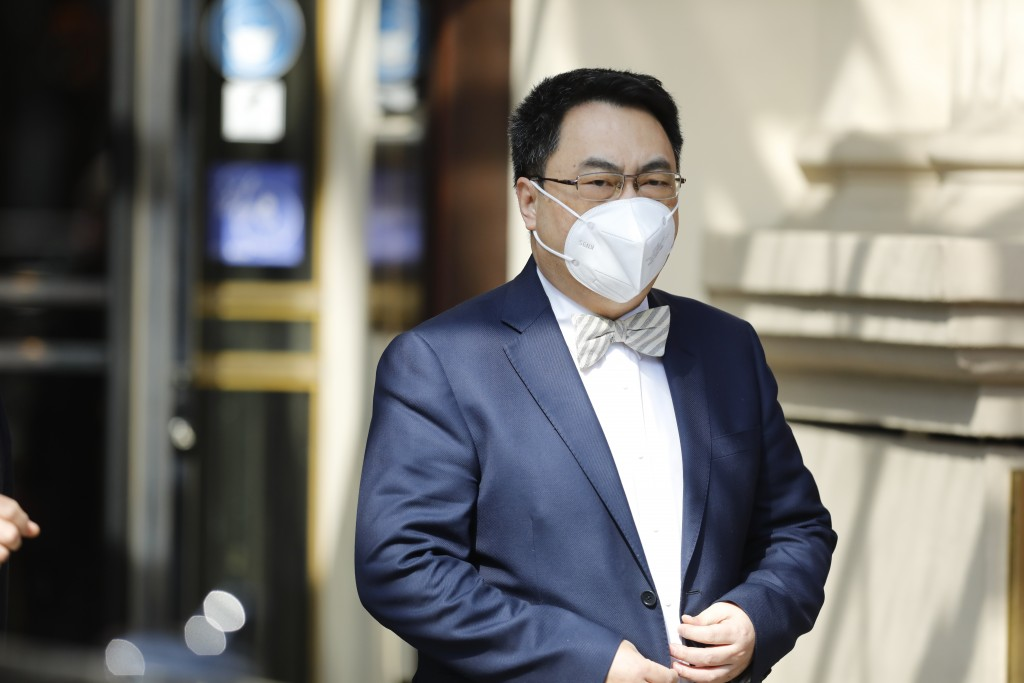 The ambassador of the Permanent Mission of the People's Republic of China to the United Nations, Wang Qun, leaves the 'Grand Hotel Vienna' where close...
