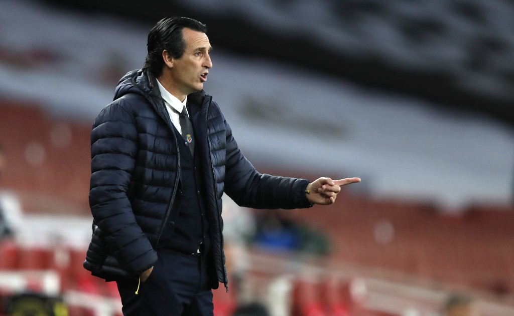 Villareal's manager Unai Emery gives instructions from the side line during the Europa League semifinal second leg soccer match between Arsenal and Vi...