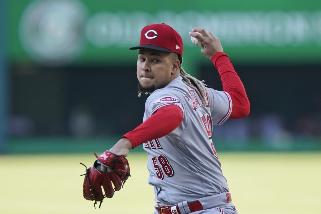 Cincinnati Reds starting pitcher Luis Castillo delivers in the first inning of the team's baseball game against the Cleveland Indians, Saturday, May 8...