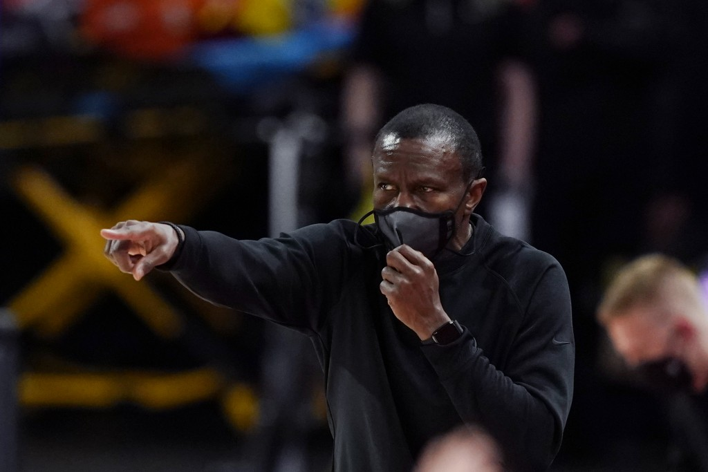 Detroit Pistons head coach Dwane Casey directs from the sideline during the first half of an NBA basketball game against the Chicago Bulls, Sunday, Ma...