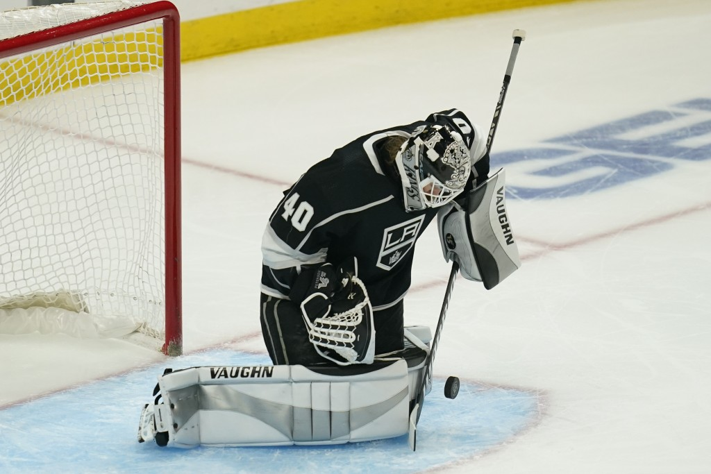 Los Angeles Kings goaltender Calvin Petersen (40) blocks a shot during the second period of a hockey game against the St. Louis Blues Monday, May 10, ...
