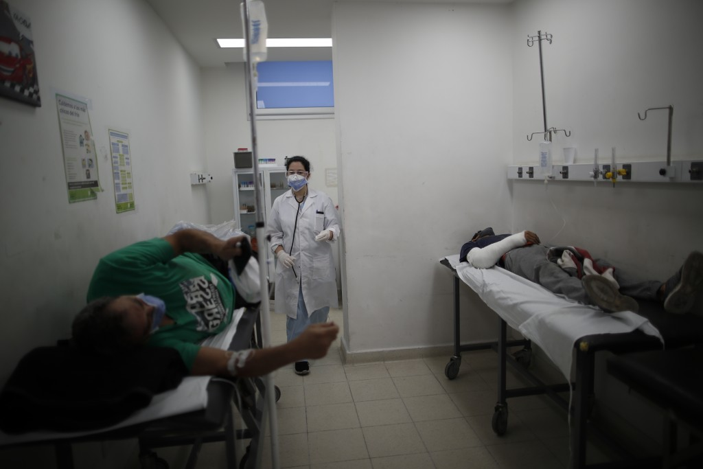 Dr. Veronica Verdino arrives to see patients who do not have COVID-19 but are being treated for other issues at Llavallol Dr. Norberto Raúl Piacentini...