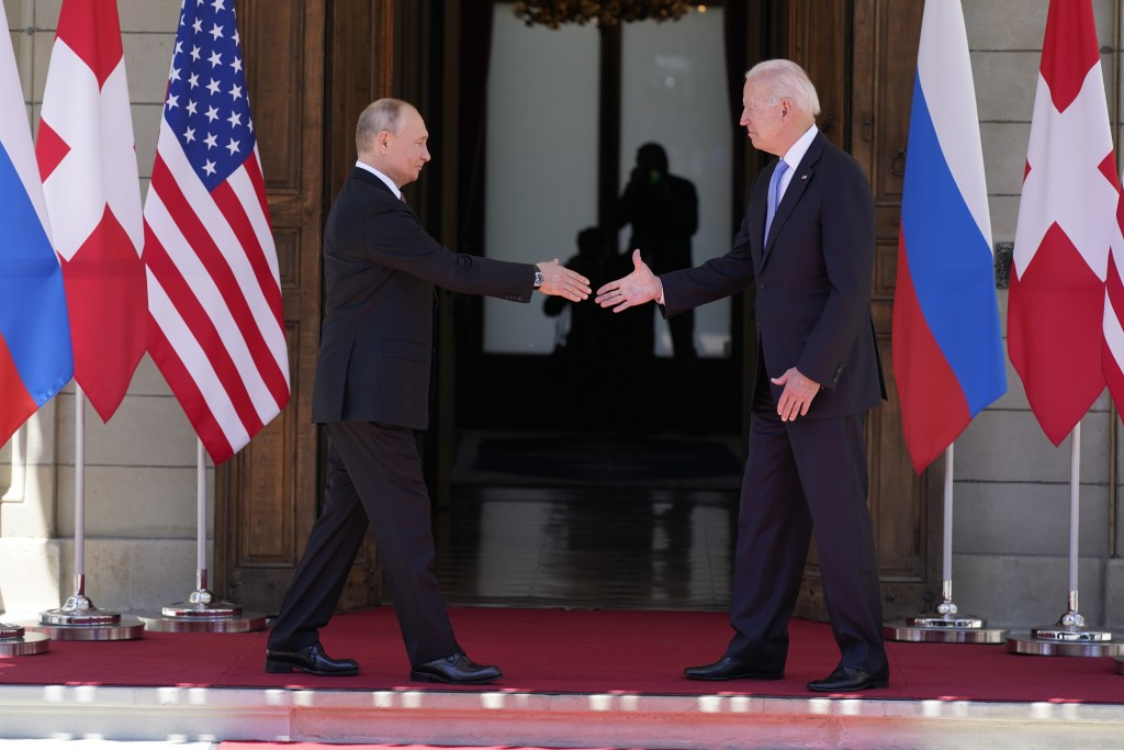 President Joe Biden and Russian President Vladimir Putin, arrive to meet at the 'Villa la Grange', Wednesday, June 16, 2021, in Geneva, Switzerland. (...