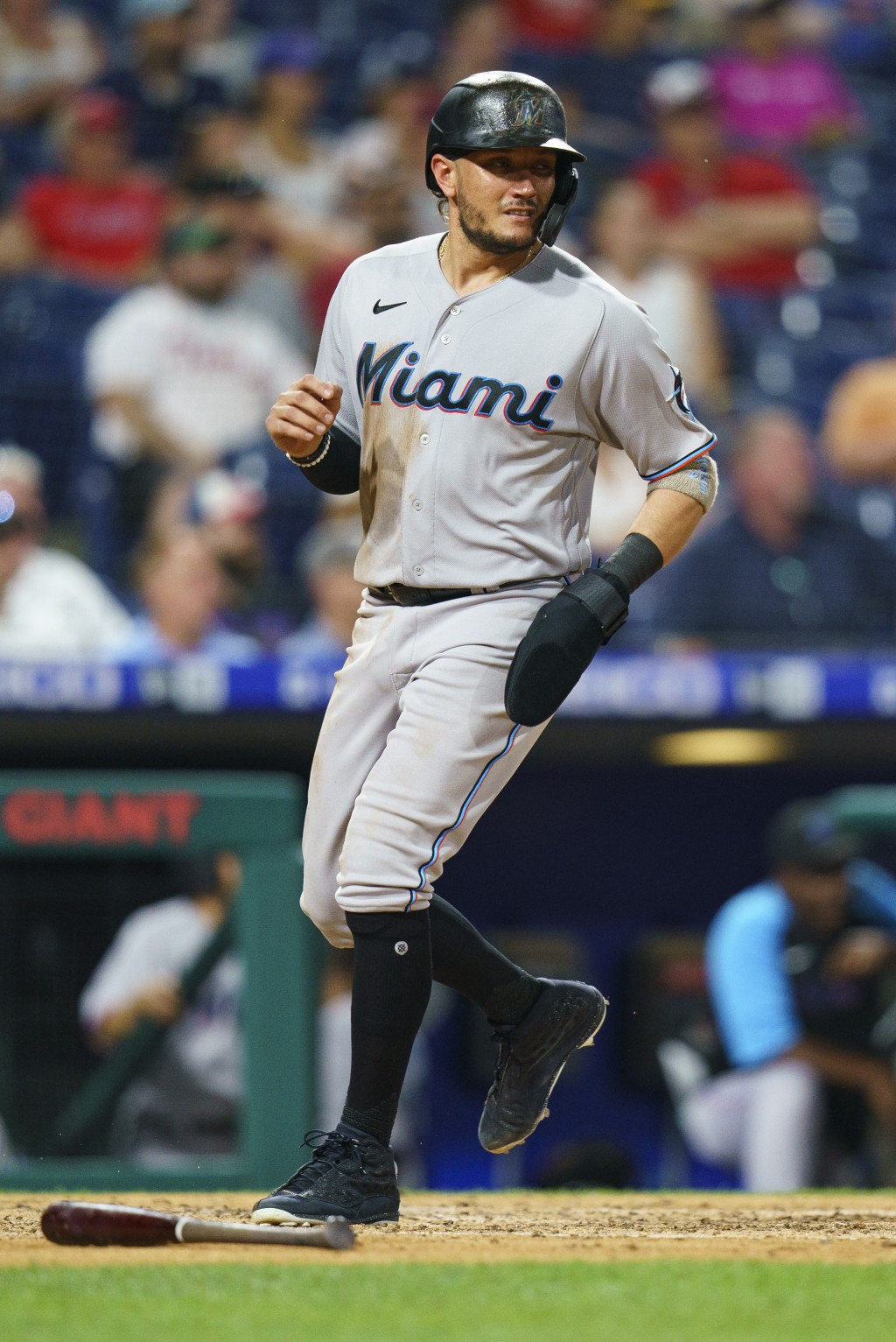 Miami Marlins' Miguel Rojas scores on a hit by Joe Panik during the fifth inning of the team's baseball game against the Philadelphia Phillies, Wednes...