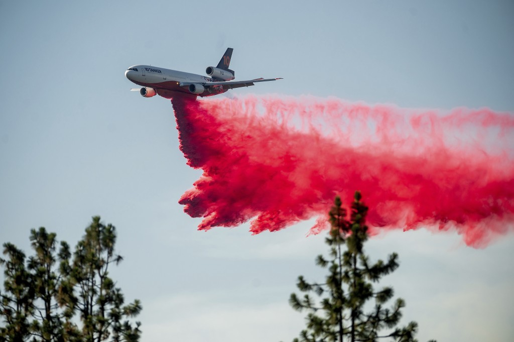 A DC-10 air tanker drops retardant while battling the Salt Fire near the Lakehead community of Unincorporated Shasta County, Calif., on Friday, July 2...
