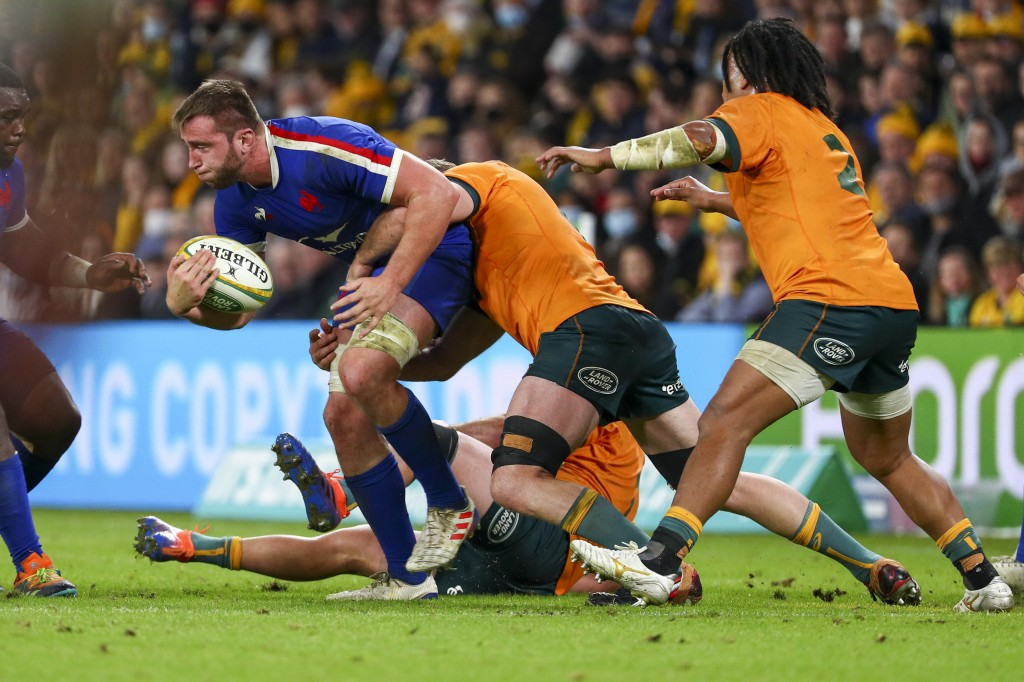 France's Anthony Jelonch runs at the defence during the rugby international between France and Australia at Suncorp Stadium in Brisbane, Australia, We...