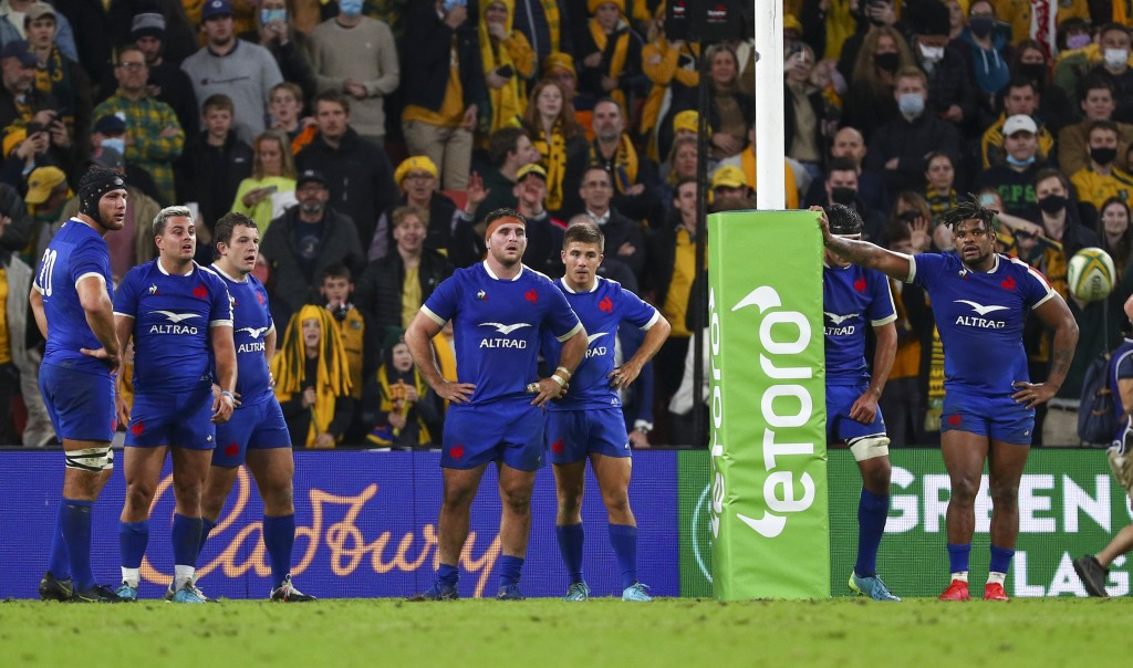 French players react as Australia's Noah Lolesio kicks the match winning penalty during the rugby international between France and Australia at Suncor...