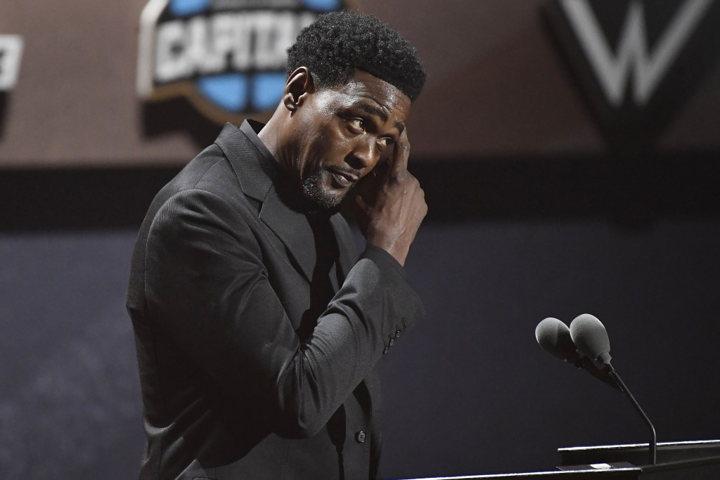 Inductee Chris Webber speaks during the 2021 Basketball Hall of Fame Enshrinement ceremony, Saturday, Sept. 11, 2021, in Springfield, Mass. (AP Photo/...