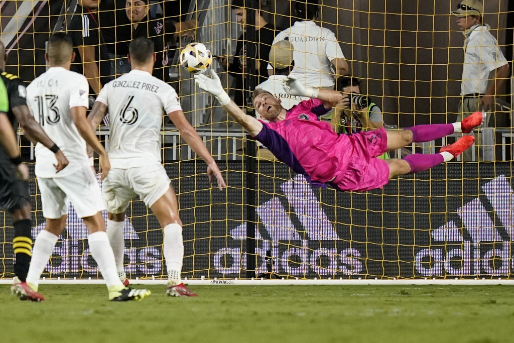 Inter Miami goalkeeper Nick Marsman makes a save during the second half of the team's MLS soccer match against the Columbus Crew, Saturday, Sept. 11, ...