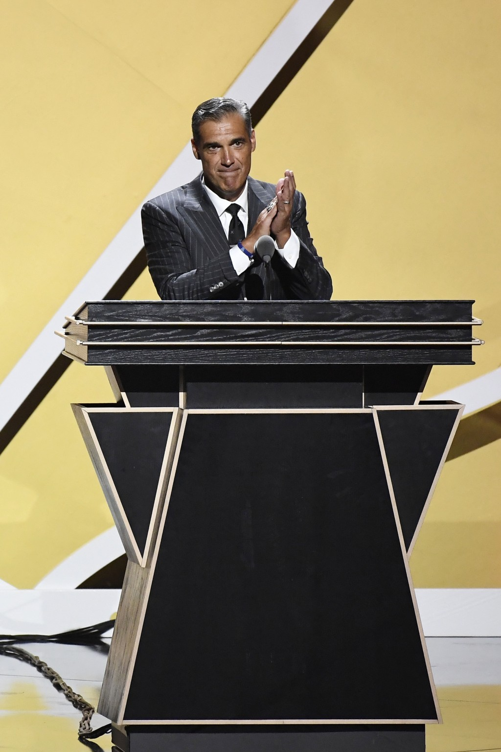 Inductee Jay Wright speaks during the 2021 Basketball Hall of Fame Enshrinement ceremony, Saturday, Sept. 11, 2021, in Springfield, Mass. (AP Photo/Je...