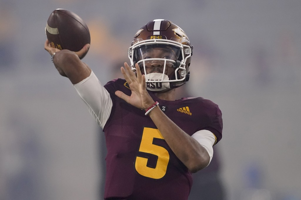 Arizona State quarterback Jayden Daniels (5) warms up prior to an NCAA college football game against UNLV, Saturday, Sept. 11, 2021, in Tempe, Ariz. (...