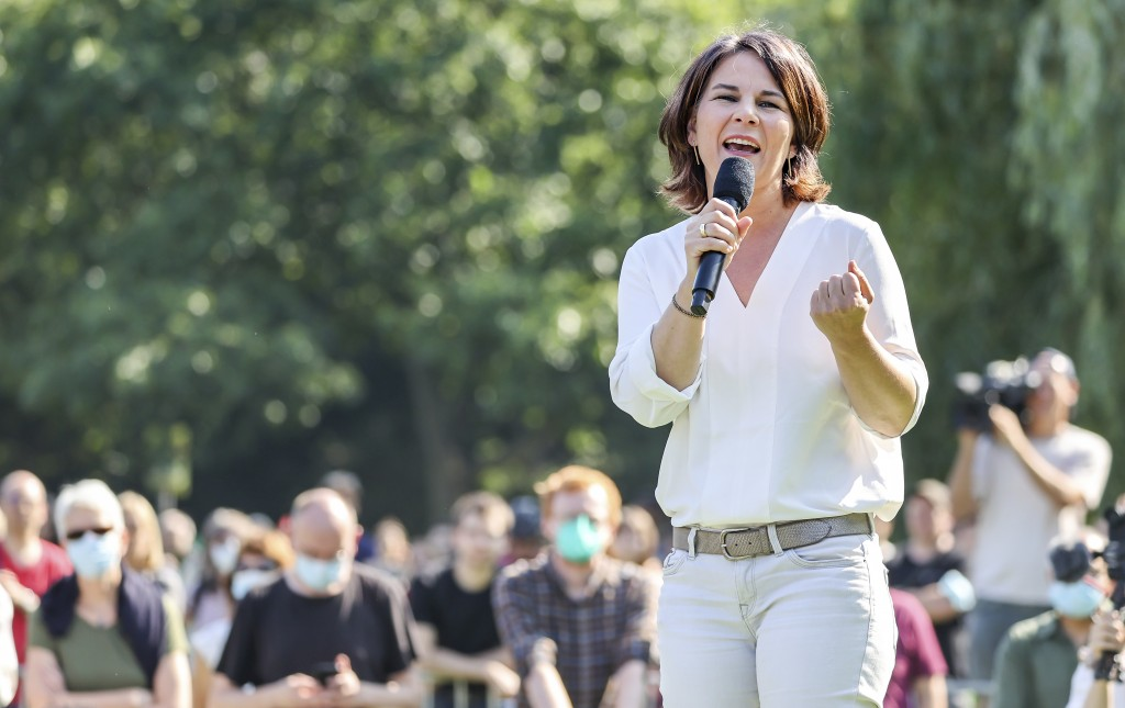 FILE - In this Sept. 8, 2021 file photo, the candidate for chancellor of the German Green party, Annalena Baerbock, speaks during an election campaign...