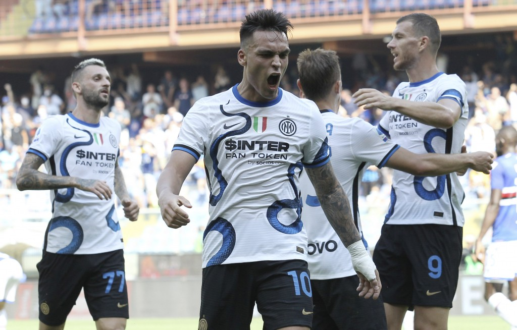 Inter's Lautaro Martinez celebrates after scoring his side's second goal during the Italian Serie A soccer match between Sampdoria and Inter Milan at ...