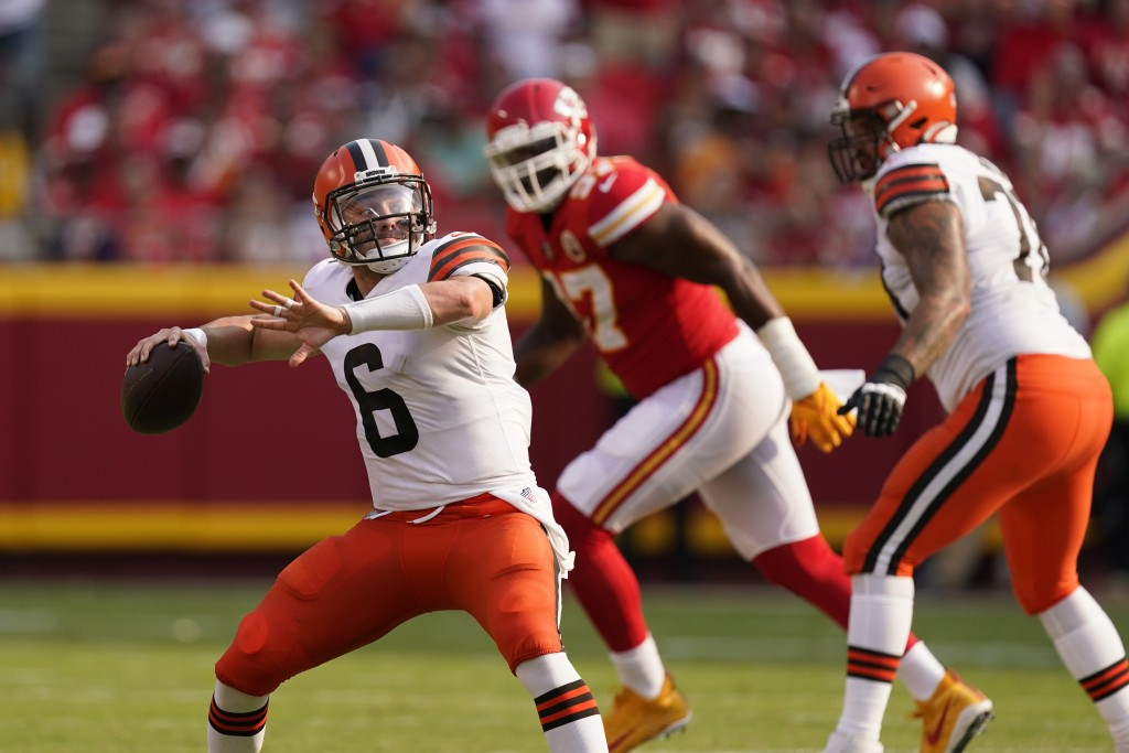 Cleveland Browns quarterback Baker Mayfield throws during the first half of an NFL football game against the Kansas City Chiefs Sunday, Sept. 12, 2021...