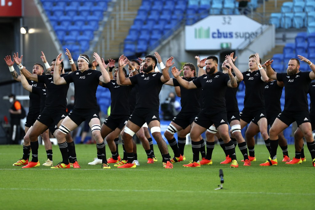 New Zealand players perform the haka, a traditional Maori challenge, ahead of their Rugby Championship match against Argentina on Sunday, Sept. 12, 20...