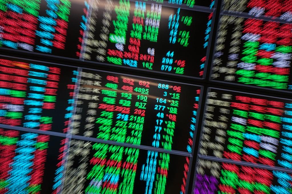 台北股市封關日表現強勁,終場收漲0.61%至15802.40點。(中央社資料照)