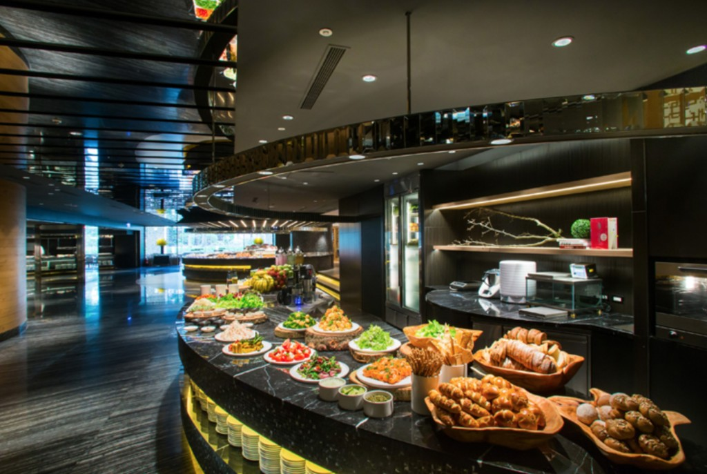 台北晶華酒店的栢麗廳一年可貢獻約4.3億元的業績, 吸金能力極強,目前也因為疫情原因暫時歇業。 (晶華提供)