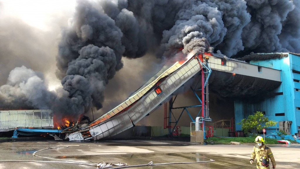 Fire breaks out at Taiwan's Taichung Power Plant