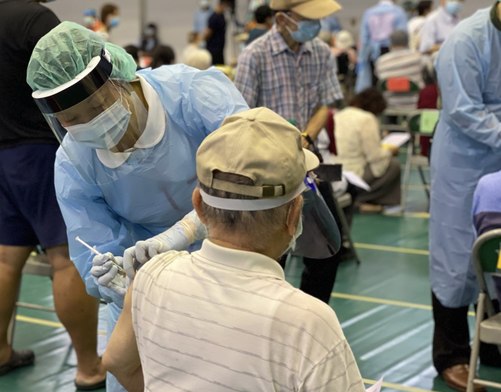 CECC investigating 58 deaths after vaccinations over 3 days, though still no deaths attributed to vaccines in Taiwan