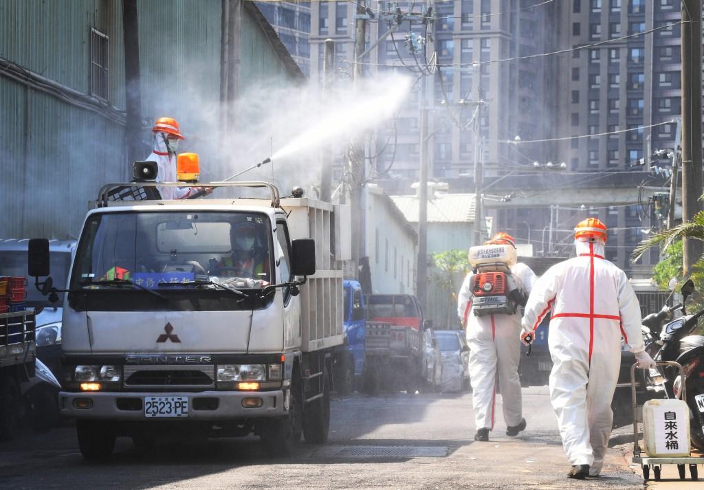台北市環南市場休市3天進行消毒。