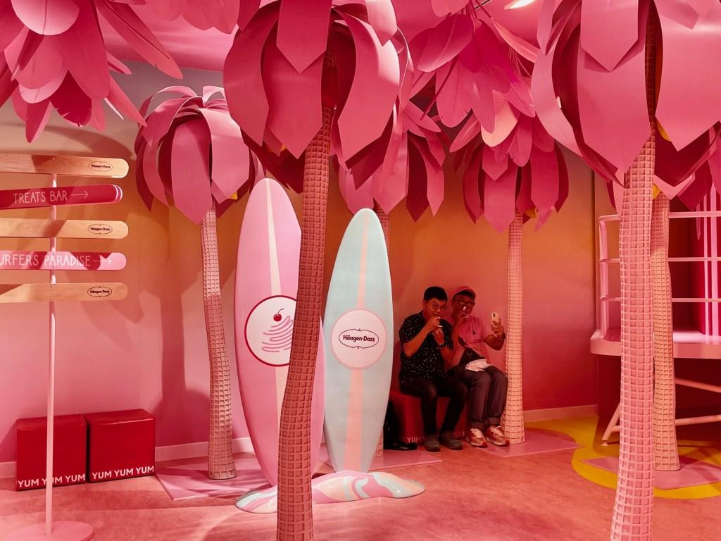 【找回童心】美國冰淇淋博物館首度進軍海外•落腳新加坡 提供各類冰品吃到飽