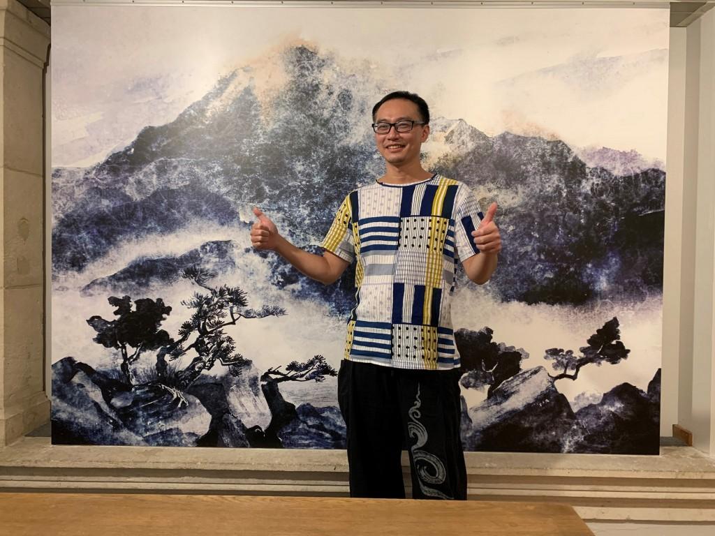 Comic artist Wu Shih-hung becomes the first Taiwanese and non-European recipient of the Ryamond Leblanc Award. (CNA, FisFisa Media photo)