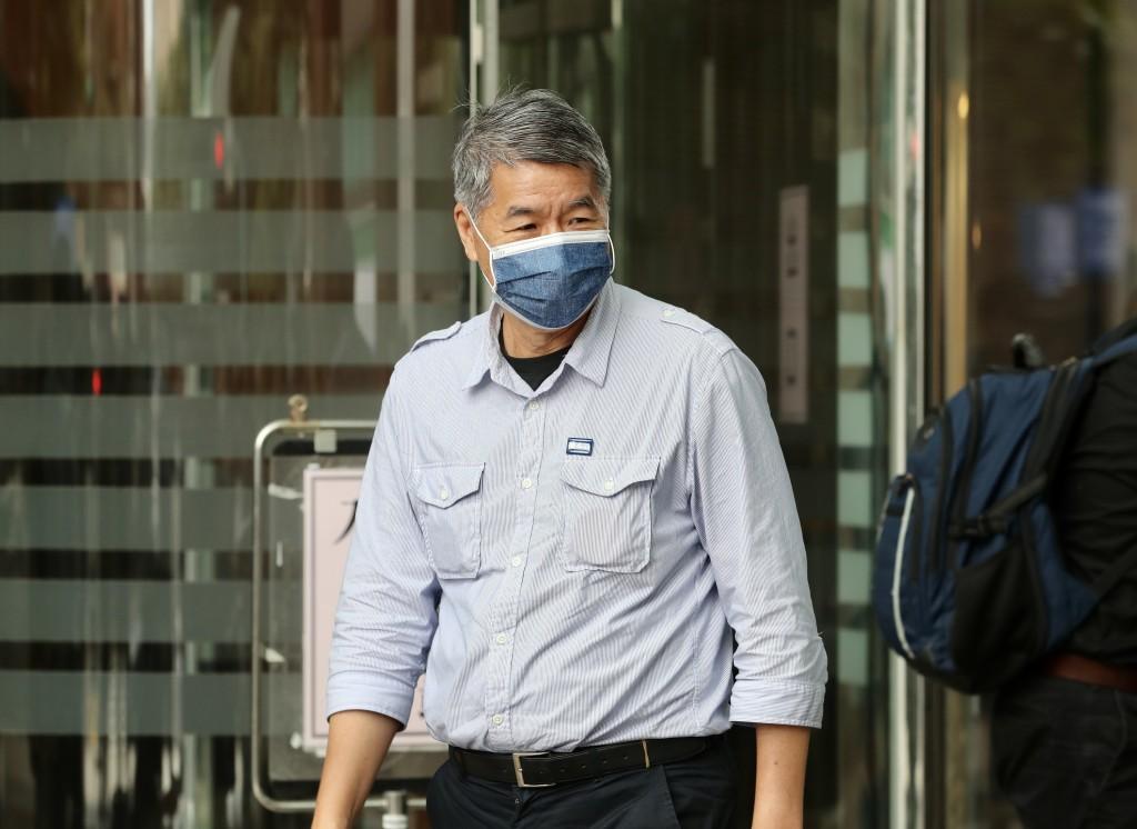 國民黨主席選戰倒數,黨主席候選人張亞中(圖)聲 勢上漲,21日上午在台北接受廣播節目專訪。