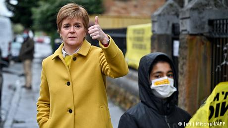 Nicola Sturgeon argues she can push ahead with plans for a second referendum even without the British government's backing.