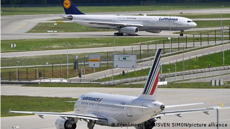 Air France and Lufthansa will now fly to Russia without using Belarusian airspace