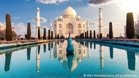 The immense mausoleum of white marble used to draw millions of visitors from around the world to Agra each year