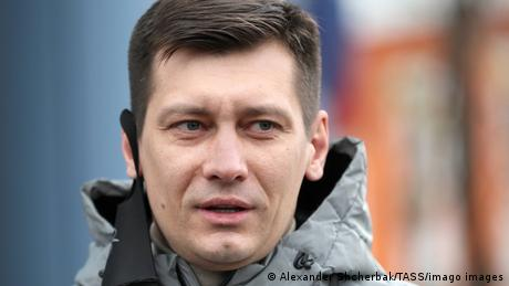 Gudkov was detained at his country house last weekover allegations that he failed to pay a debt on a rented property, which he denies
